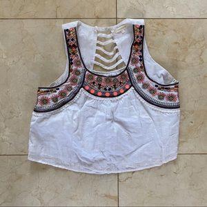 Vestique Embroidered Patterned Crop Top Sz Large